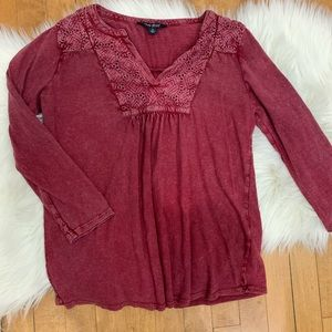 Lucky Brand Distressed Long Sleeve Small